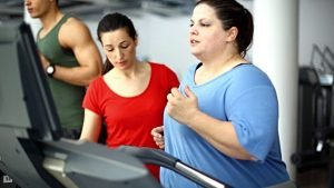 Overweight-Treamill-Running-women